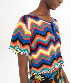 http://www.farmrio.com.br/br/produto/bata-crochet-chevron/_/A-240076_2276.ptbr.farmrio