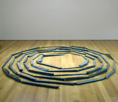 Richard Long Green Slate Spiral, 1980 63 pieces of green slate 10 feet diamter 3m