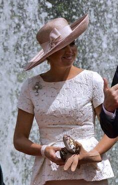♥•✿•QueenMaxima•✿•♥...Queen Máxima, Nov. 22, 2013 The Royal Hats Blog