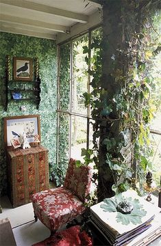 Love this leafy room. desire to inspire - Guy Bouchet