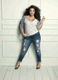 The cheap trendy plus size clothing have set up a trend and know fat women can also enjoy fashion with lesser prizes.