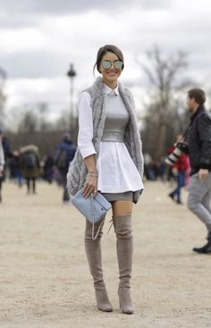 Nice grey outfit for street. Mode Outfits, Casual Outfits, Fashion Outfits, Fashion Boots, Look Fashion, Fashion Models, Fashion Trends, Cheap Fashion, Rare Fashion