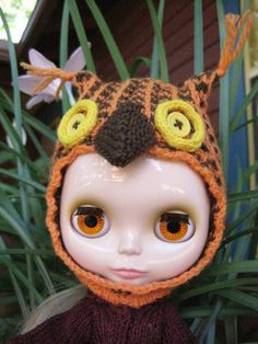 Winifred in a new owl hat.