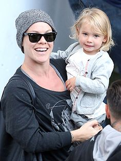 Fun With Mom! What an adorble pic of Pink and Willow!!