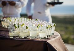 A Cabo San Lucas Wedding /cocktails // Photo: Amy Bennett Photography