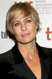 robin wright = badass claire underwood on House of Cards