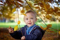 Séance photo Famille Caen en automne - Photographe Calvados. Voici une séance photo famille aux belles couleurs de l'automne.