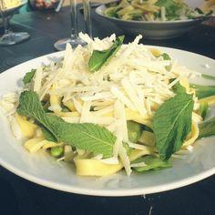 レシピとお料理がひらめくSnapDish - 19件のもぐもぐ - Tagliatelle with garden peas, snow peas and mint leaves by Rianne