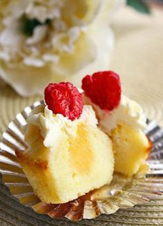 Lemon Cupcakes with Limoncello-Cream Cheese Frosting #cupcake #recipe