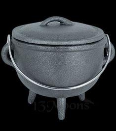 Cauldron and Lid 4x6