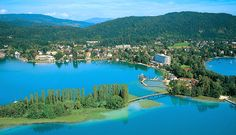 Lake Wörthersee – the warmest lake in Austria Wonderful Places, Beautiful Places, Carinthia, Living In Europe, Austro Hungarian, Central Europe, European Travel, Homeland, Alps
