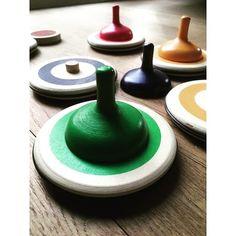 Curling die je binnen en buiten kan spelen, geweldig! #Buitenspelen #Kinderen #Curling #Speelgoed Home Decor, Interior Design, Home Interior Design, Home Decoration, Decoration Home, Interior Decorating