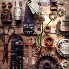 Graphic Designer Captures Beautiful Images Of Vintage Tools And Stationeries - DesignTAXI.com