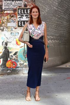 Taylor Tomasi Hill in a gorgeous mid-calf dress #streetstyle