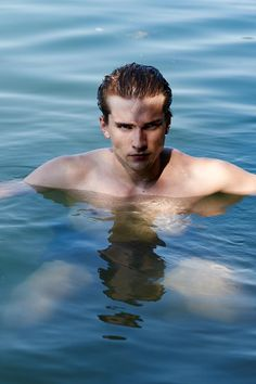 M-Management model Filip Juras embraces the relaxed spirit of summer with a stunning new shoot. Heading outdoors, Filip takes a tranquil dip as he connects with… Spirit Of Summer, Portrait, Model, Outdoor, Lens Flare, Outdoors, Men Portrait, The Great Outdoors