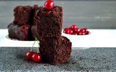 paleo mug cake Paleo Mug Cake, Healthy Sweets, Deserts, Cherry, Food And Drink, Low Carb, Gluten Free, Fruit, Harry Potter