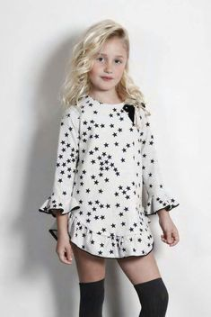 Kids Outfits Girls, Dresses Kids Girl, Cute Girl Outfits, Toddler Girl Outfits, Junior Fashion, Tween Fashion, Girl Fashion Style, Baby Girl Fashion, Cute Little Girl Dresses