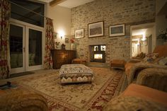 Uppermoor Farm Cottages, Parwich, Ashbourne, Derbyshire, UK, England. Self Catering. #WeAcceptPets. Accepts Dogs & Horses. Pet Friendly. Pet Friendly Holiday. Countryside. Rural Break. Tranquil Setting. Travel.