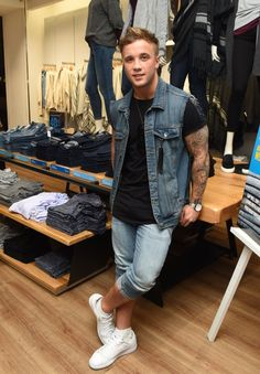 #SamCallahan #GAPParty #JeansforGenes #JeansforGenesDay