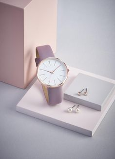 Pink Watch, Looking For People, Beautiful Gift Boxes, Best Makeup Products, Avon, Stud Earrings, Pastel Pink, Studs, Gifts