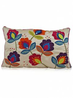 Cream floral felt applique cushion with floral pattern. These cream cushions have bright embroidery work over light cream fabric base. Cream floral cushions can be used with any light shaded sofa set. Applique Cushions, Floral Cushions, Felt Applique, Cutwork Embroidery, Embroidery Bags, Felted Wool Crafts, Felt Crafts, Felt Pillow, Sewing Projects