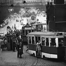 Prague Trams on Václavské náměstí (Wenceslas Square - Croatia Travel, Thailand Travel, Bangkok Thailand, Hawaii Travel, Italy Travel, Old Pictures, Old Photos, Prague Spring, Rda
