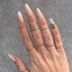 www.vanissima.hu - It makes me longer :) #nails #girlish #rings