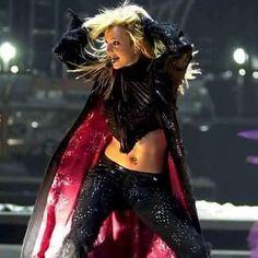 #BritneySpears The Queen! www.britneyarmy.fr http://ift.tt/2aK6wWv