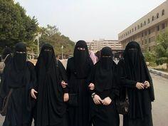tumblr_n6lpluGizk1ty9d30o1_1280 | Niqab Lady | Flickr