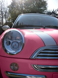 Mini Cooper. Omg omg omg. Dream car! Yesssss! If only this was a color choice. Mini chick style!