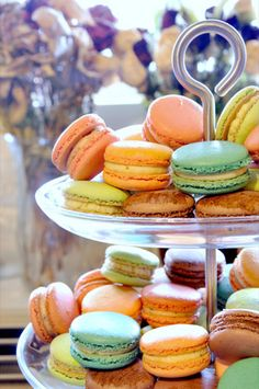 i want macarons for Mother's Day! anyone? please? :))