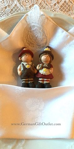 German Boy and Girl Wedding favors. Great way to add a touch of your German Heritage to your special day or party.