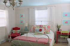 love this room from Oak Ridge Revival. well, truth be told, I love everything she's redone in her old house! Teen Girl Bedrooms, Little Girl Rooms, Small Bedrooms, Kids Room Curtains, Extra Bedroom, Master Bedroom, Blue Ceilings, Painted Ceilings, Oak Ridge