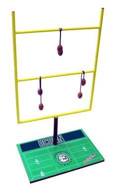 Uconn Connecticut Huskies Tailgate Bolo Ball Football Toss Game