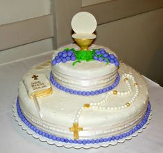 communion cakes for boys Boys First Communion Cakes, Boy Communion Cake, First Communion Decorations, Foto Pastel, Religious Cakes, Confirmation Cakes, Cake Pictures, Cakes For Boys, Girl Cakes