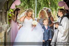 wedding-photographer-london-five-ashes-hall-church
