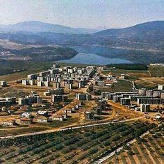 Pamje nga Kukesi, viti 1981. Socialist State, Socialist Realism, City Photo, Vineyard, Outdoor, Lugares, Albania, Outdoors, Vineyard Vines