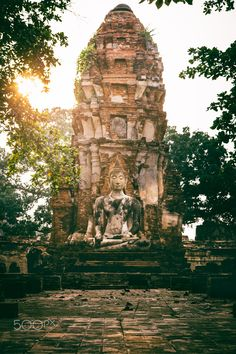 Glorious Ruins - The last ray at Wat Mahathat, Ayutthaya, Thailand.