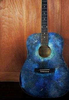 Galaxy guitar. Wow I want this sooooo much.