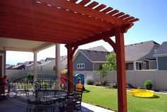 Free standing pergola with custom stain and Roosevelt profile.