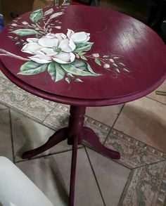 Decoupage Furniture, Diy Furniture Projects, Refurbished Furniture, Paint Furniture, Repurposed Furniture, Shabby Chic Furniture, Furniture Makeover, Hand Painted Chairs, Painted Side Tables