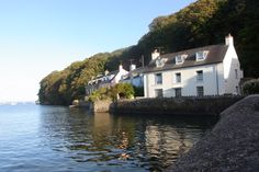 Pembrokeshire Wonderful Places, Beautiful Places, Pembrokeshire Wales, South Wales, Wales Uk, Coastal Cottage, Cottage Homes, Devon And Cornwall, House By The Sea