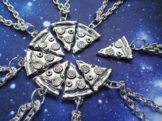 creative-necklaces.. If only I had 7 friends to share this with, it would be really cute!