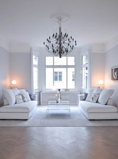 28 ideas living room white simple interiors for 2019 White Interior, Luxury Furniture Living Room, Apartment Inspiration, Interior Deco, White Rooms, Living Room White, Couches Living Room Comfy, House Interior, Comfy Living Room