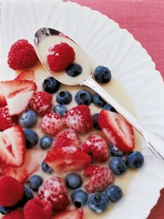 Barefoot Contessa - Recipes - Frozen Berries with Hot White Chocolate