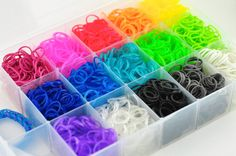 Rainbow Loom Bands - 3000 Bands and Plastic Case - 90 C-Clips - Rainbow Loom Starter Kit - Jelly Bands - New Colors Rainbow Loom Case, Rainbow Loom Organizer, Rainbow Loom Bands, Rainbow Loom Charms, Craft Storage Box, Plastic Box Storage, Plastic Case, Rainbow Colors In Order, Crazy Loom Bracelets