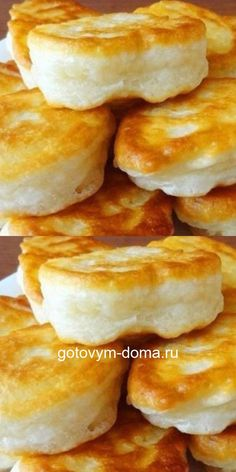 Very magnificent pancakes without eggs: they cook quickly and easily! Tasty and rosy with heat from the heat!- Очень пышные оладьи без яиц: готовятся быстро и просто! Вкусные и румяные с пылу с жару! Very magnificent pancakes without eggs: … - Gula, Cookery Books, Pancakes And Waffles, Russian Recipes, Healthy Breakfast Recipes, Healthy Recipes, Easy Chicken Recipes, International Recipes, Cheesecake Recipes