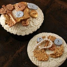Edible Lace, Baking Cupcakes, Cake Decorating, Cookies, Creative, Desserts, Food, Crack Crackers, Tailgate Desserts