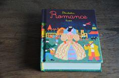 Blexbolexova Romance.  Mně chvíli trvalo, než jsem ji vzala za svou. Ale stálo to za to, zkoušet to znovu. Teď ji miluju. Na některé stránky... Romance, Cover, Books, Art, Romance Film, Art Background, Romances, Libros, Book