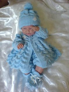 Knitting Pattern 15 Matinee Set for 0 Baby 18 20 inch Reborn Baby Boy Knitting Patterns, Baby Sweater Patterns, Knitting Designs, Baby Patterns, Doll Patterns, Knit Patterns, Diy Crafts Knitting, Knitting Projects, Knitting Ideas